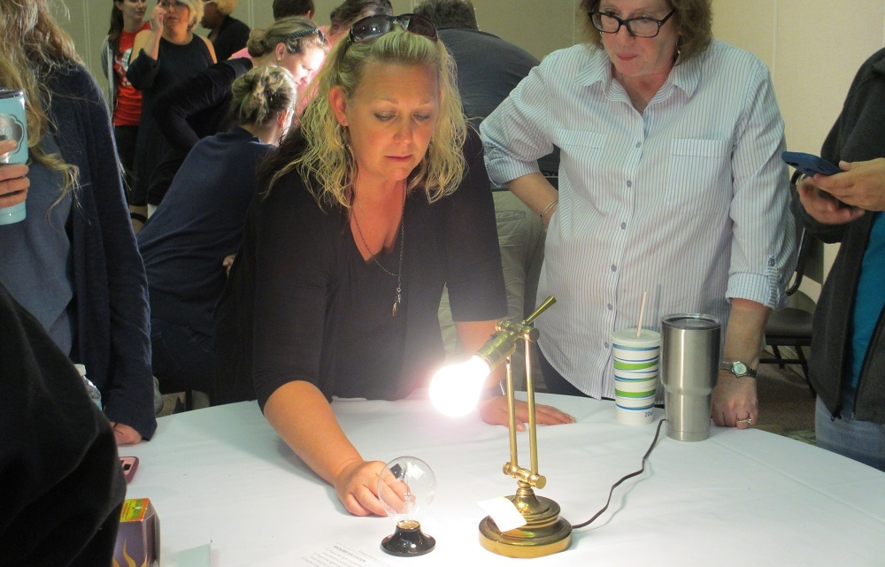 Montgomery Bell - using a radiometer