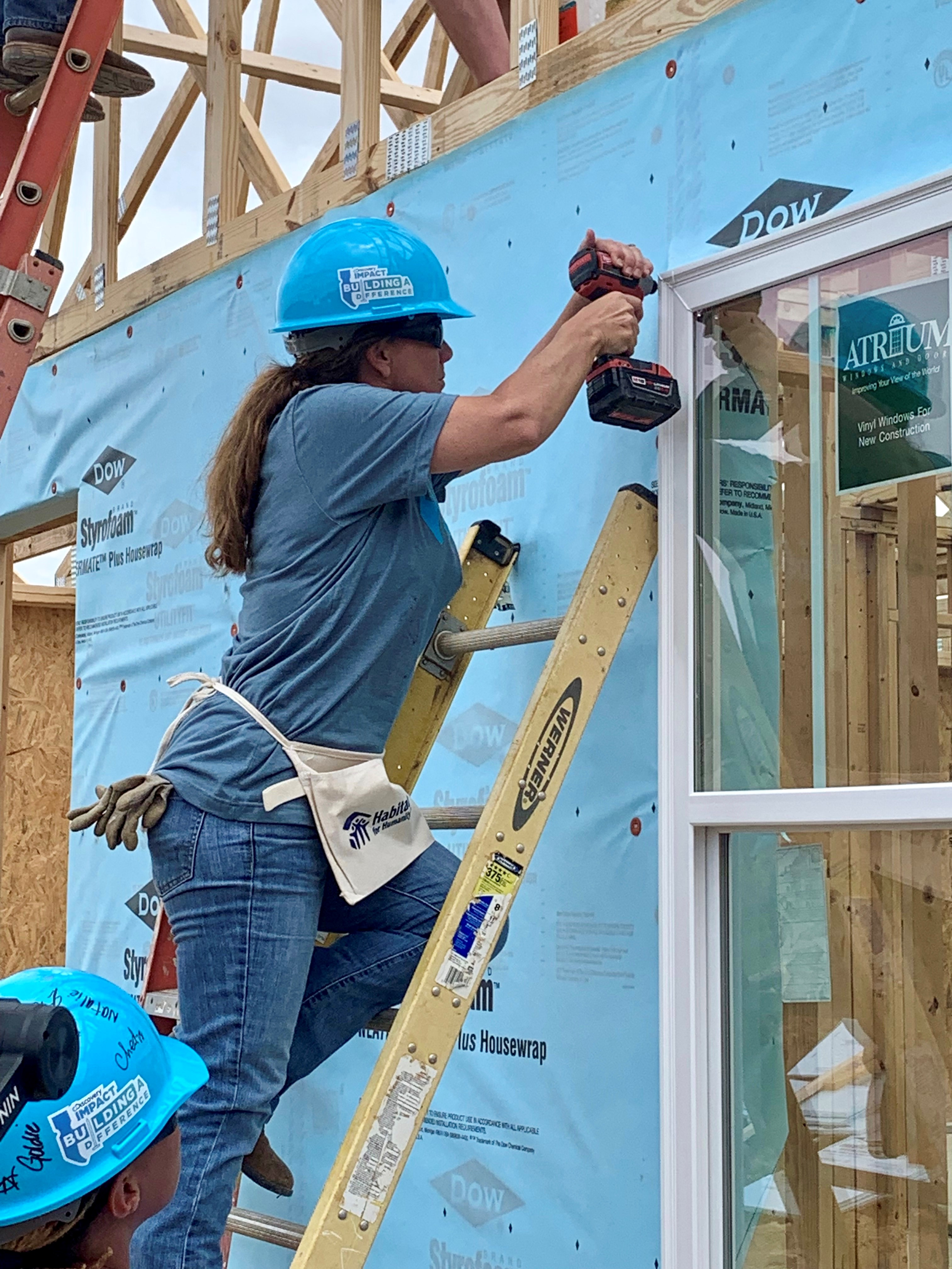 First Lady Maria participates in home build with Habitat for Humanity sponsored by Discovery, Inc.