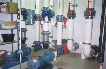 Plumbing for indoor hatching facilities
