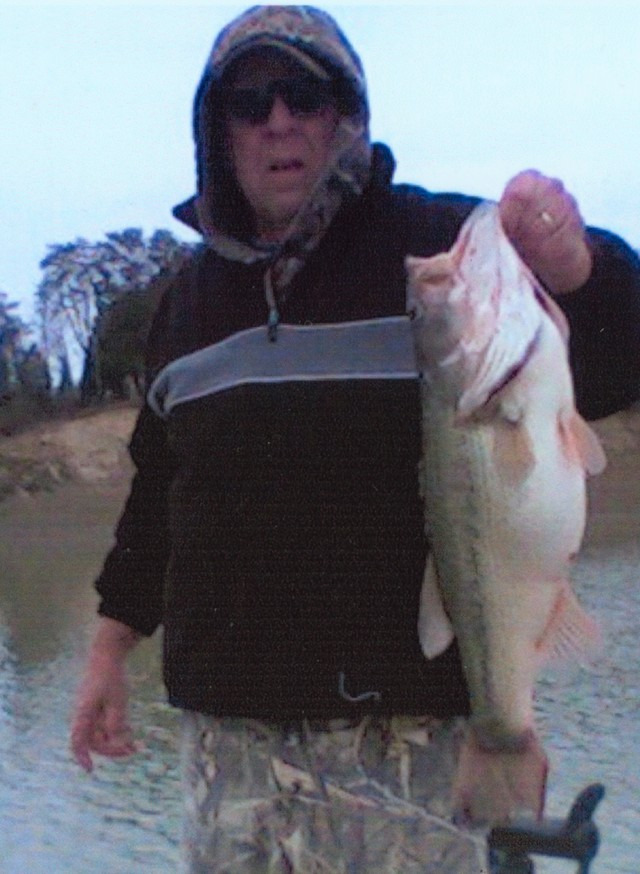 Dowell Bales 25 inch Largemouth Bass