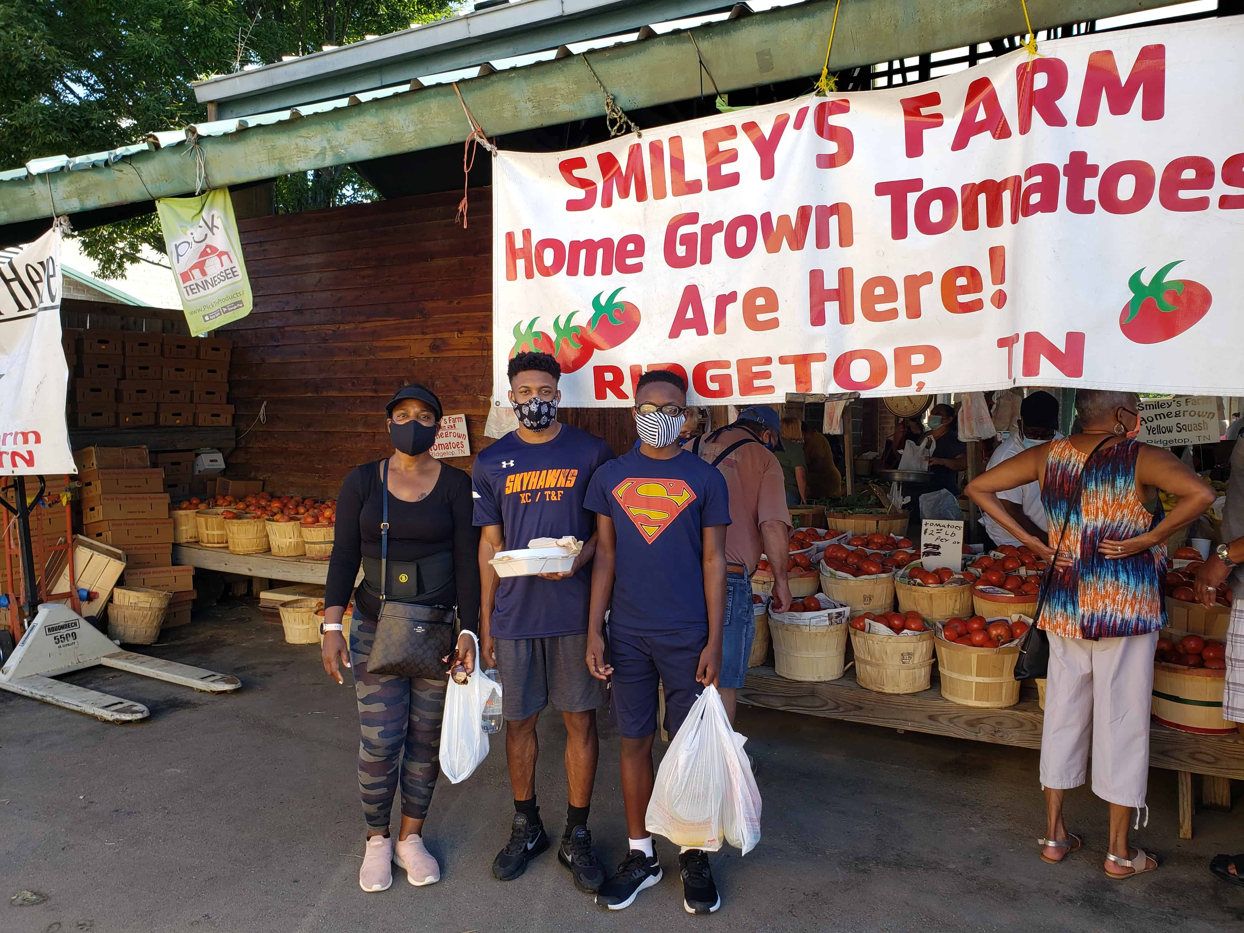 Nichelle Martin snapped a couple of pics while supporting a local farmers market during National Farmers Market Week.