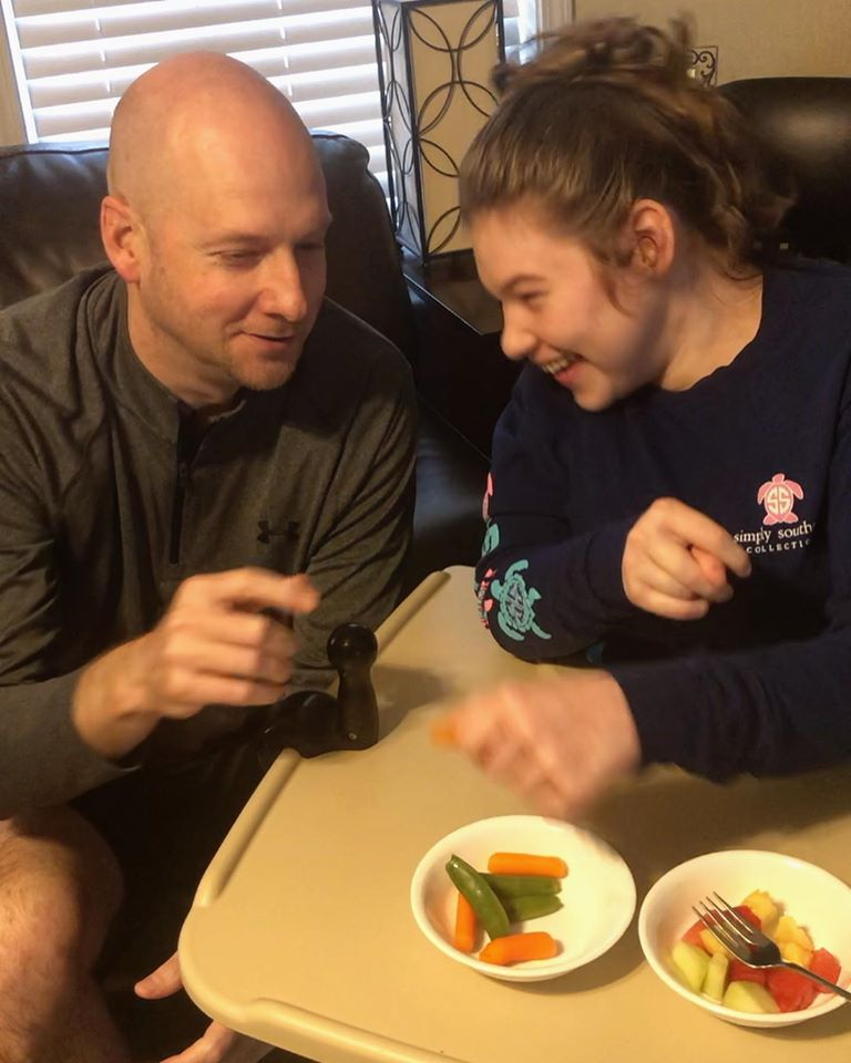 Commissioner Turner and his daughter, Kinsley, took on Day 1 of the 29 Days to a Healthy Heart Challenge: Eating five servings of fruits and veggies.