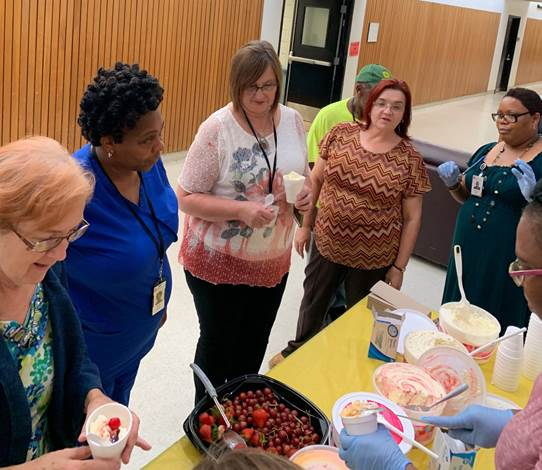 DIDD West hosted an ice cream social. They had healthy toppings available (grapes, strawberries and bananas). They also offered low-carb ice cream and fat-free sherbet. 78 people participated!