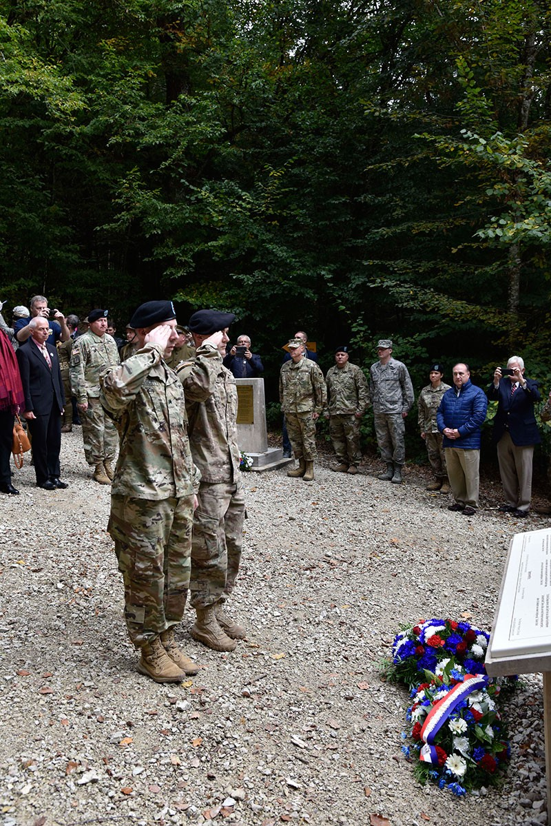 PHOTO CAPTION:  Soldiers of the Tennessee National Guard render salutes during a wreath laying at the 100th Anniversary Celebration of Tennessean Sergeant Alvin C. York's heroic actions during World War I that merited the award of the Congressional Medal of Honor near Chatel-Chéhéry, France October 7, 2018.