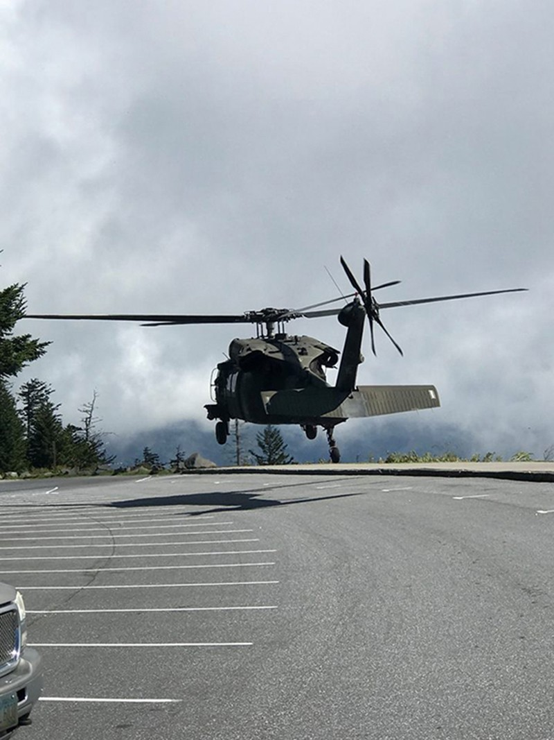 Tennessee National Guard Helicopters Assist in Two Simultaneous Operations