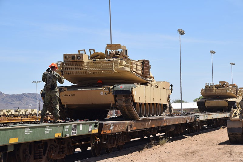 Tennessee Guard's 278th Armored Cavalry Regiment Tanks being loaded on to rail cars headed for the National Training Center in Fort Irwin, California.